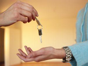 Как безопасно сдать в аренду квартиру