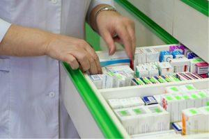 Бесплатные лекарства не выдают